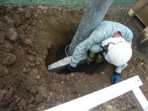 建柱寝かせ取付作業3